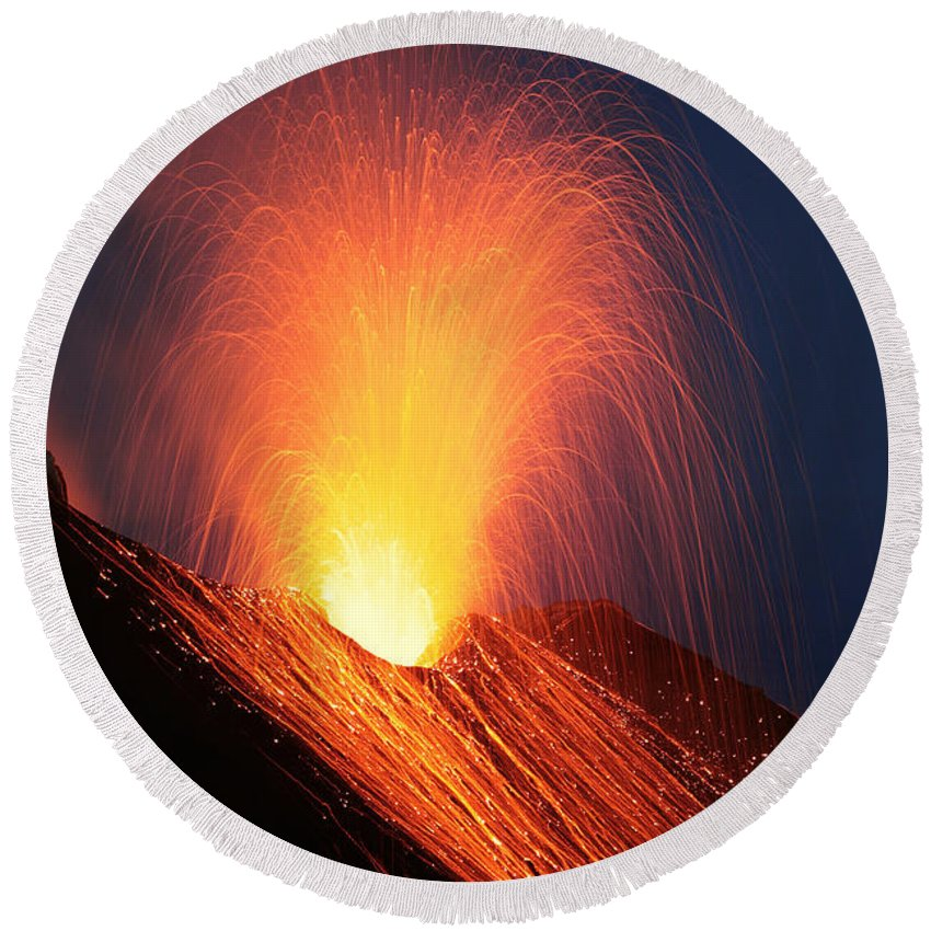 Explosive Round Beach Towel featuring the photograph Strombolian Eruption Of Stromboli by Richard Roscoe