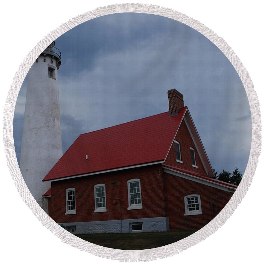 Lighthouse Round Beach Towel featuring the photograph Tawas Point Lighthouse by Grace Grogan