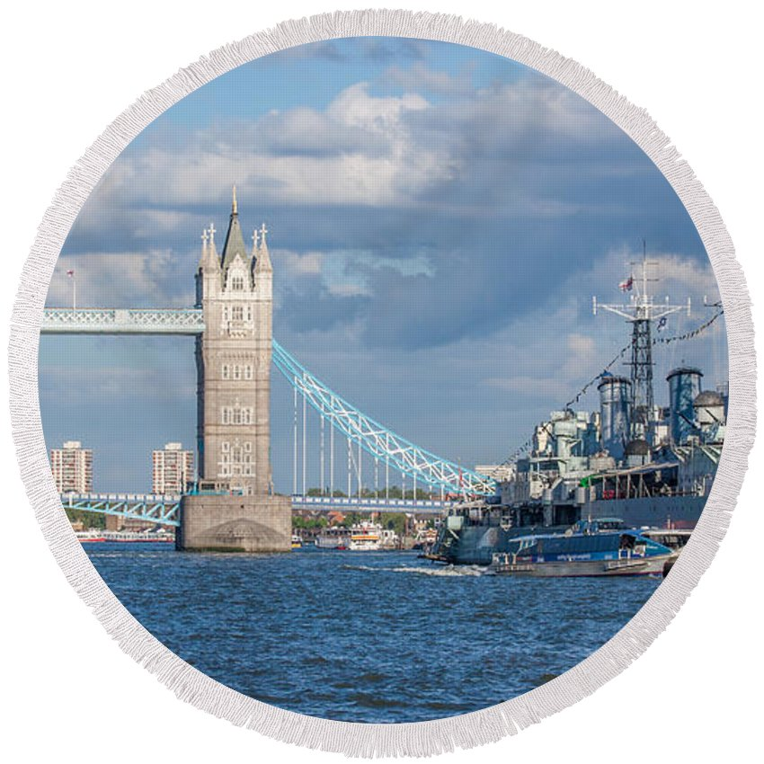 Dawn Oconnor Dawnoconnorphotos@gmail.com Round Beach Towel featuring the photograph Tower Bridge And Hms Belfast by Dawn OConnor