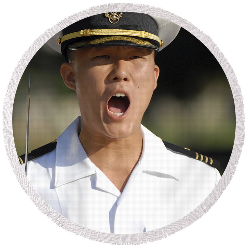 Us Naval Academy Round Beach Towel featuring the photograph U.s. Naval Academy Midshipmen by Stocktrek Images
