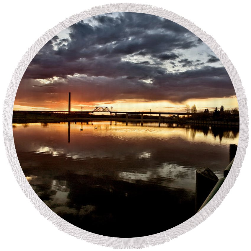 Reflection Round Beach Towel featuring the digital art Wakamaw Valley Sunrise by Mark Duffy