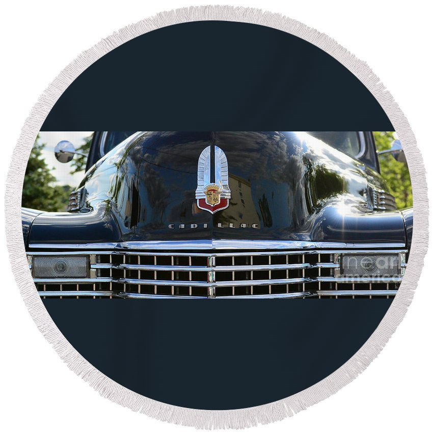1941 Cadillac Round Beach Towel featuring the photograph 1941 Cadillac Grill by Paul Ward