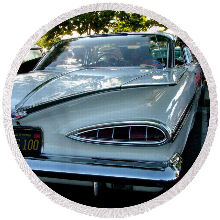 1959 Cheverolet Impala Round Beach Towel featuring the photograph 1959 Chevrolet Impala Taillight by Peter Piatt
