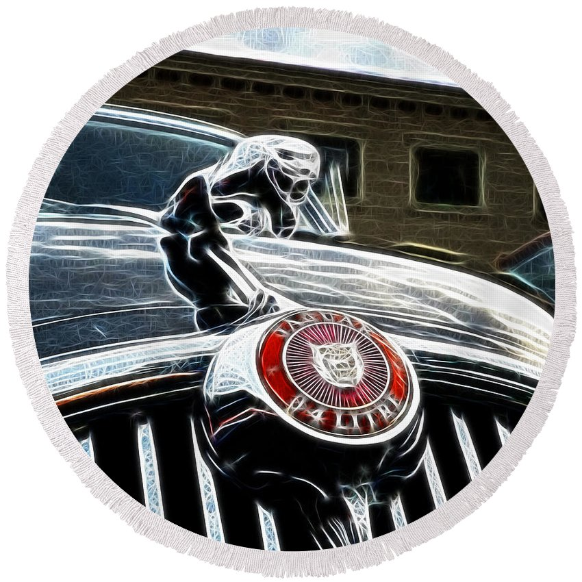 1963 Jaguar Mkii Round Beach Towel featuring the photograph 1963 Jaguar Mkii Fantasy Car by Paul Ward