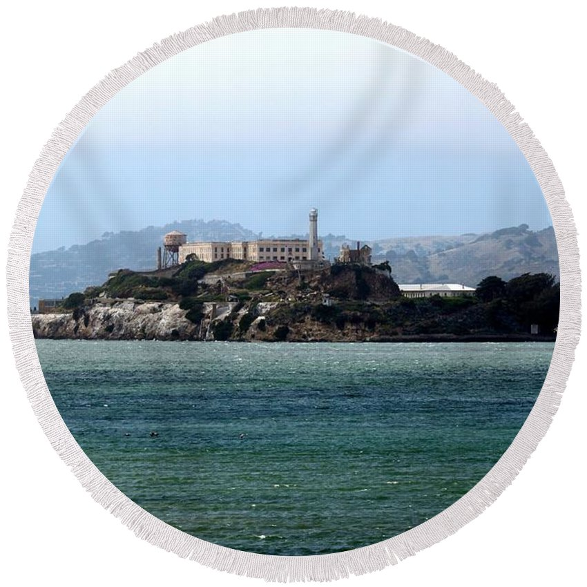 San Round Beach Towel featuring the photograph Alcatraz by Henrik Lehnerer