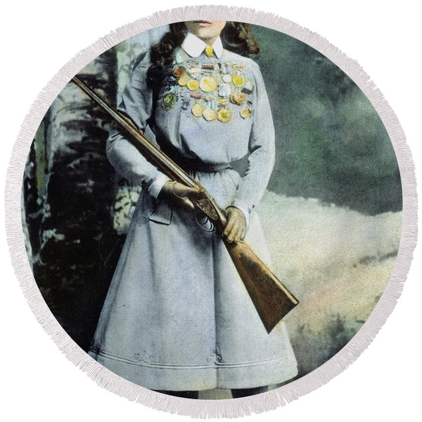 1899 Round Beach Towel featuring the photograph Annie Oakley (1860-1926) by Granger