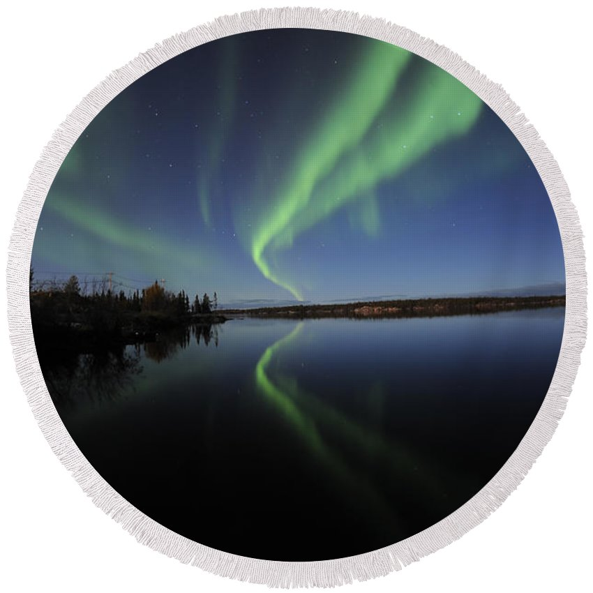 Yellowknife Round Beach Towel featuring the photograph Aurora Borealis Over Long Lake by Jiri Hermann
