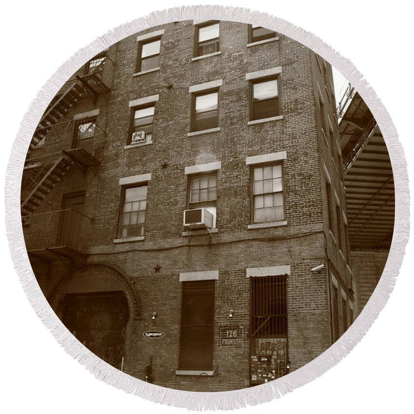 Apartments Round Beach Towel featuring the photograph Brooklyn New York - 126 Front Street by Frank Romeo