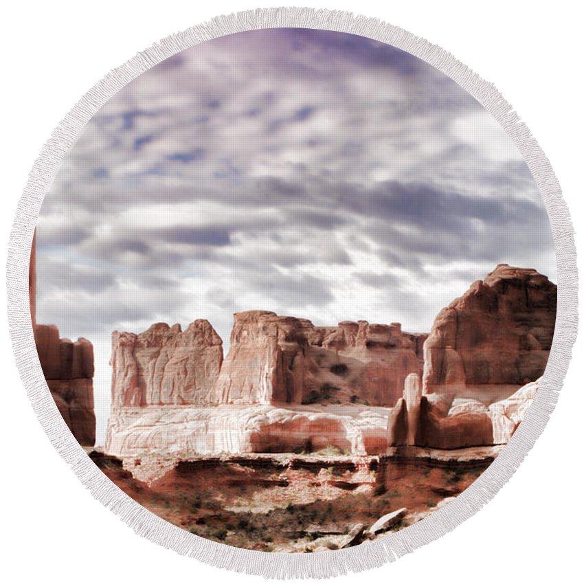 Desert Round Beach Towel featuring the photograph Desert Walls by Karen Ulvestad