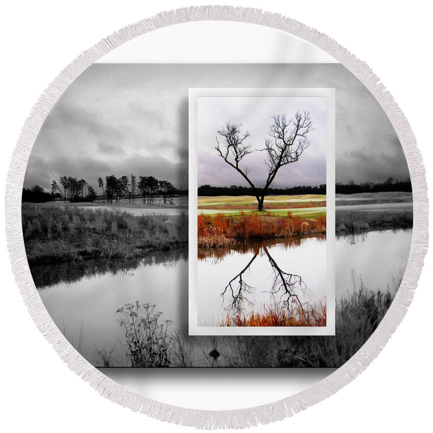 2d Round Beach Towel featuring the photograph X Marks The Spot by Brian Wallace