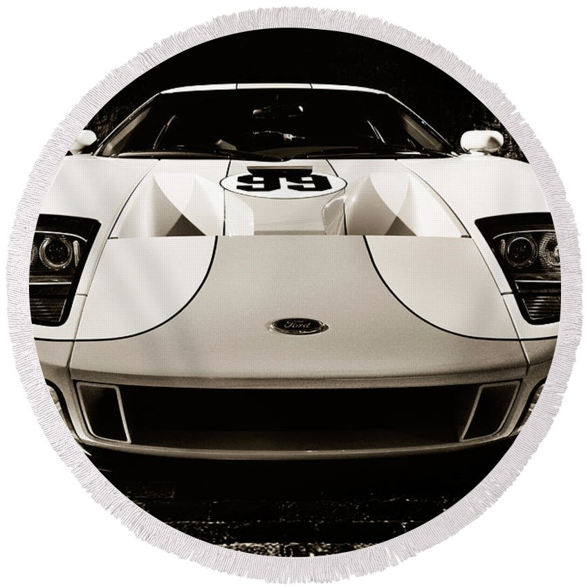 Ford Round Beach Towel featuring the photograph 2006 Ford Gt by Maxim Images Prints