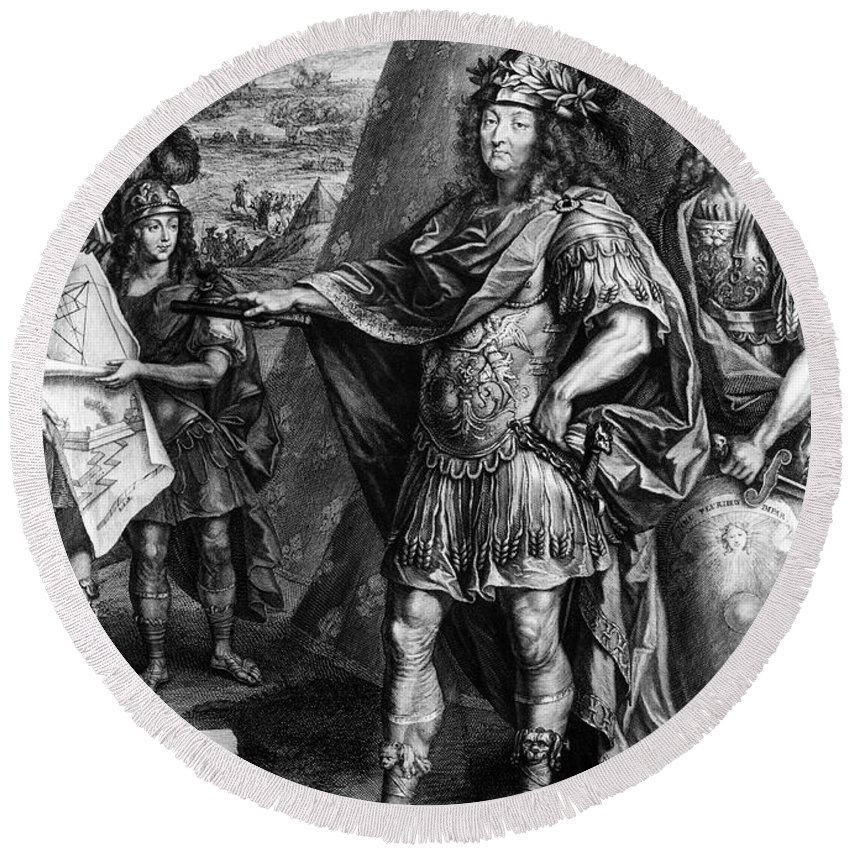 17th Century Round Beach Towel featuring the photograph Louis Xiv (1638-1715) by Granger