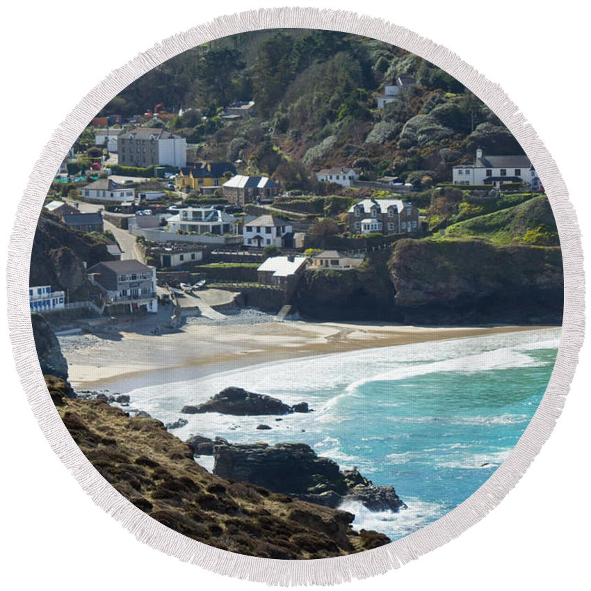 Landscape Round Beach Towel featuring the photograph Cornish Seascape St Agnes by Brian Roscorla