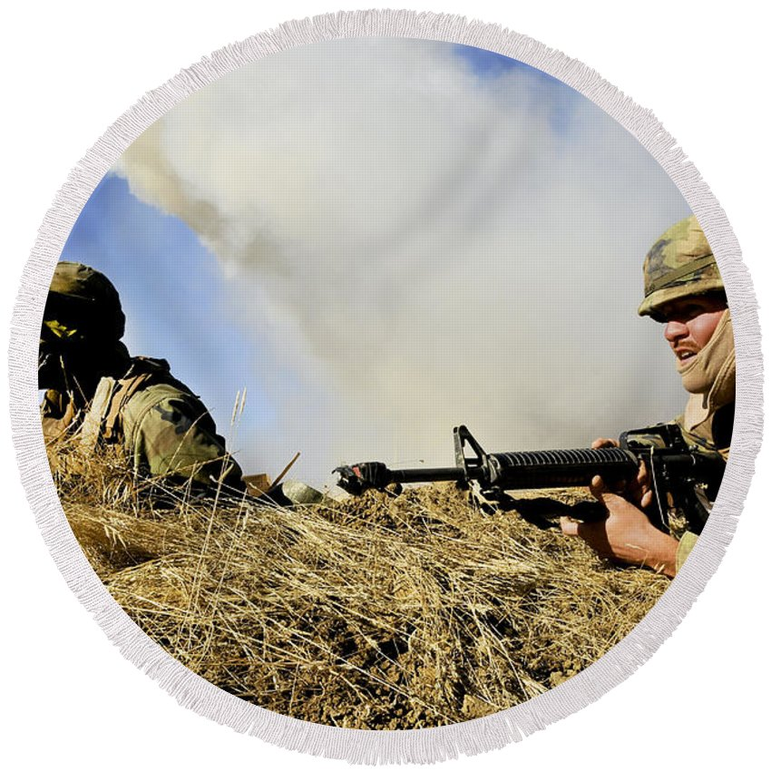 Naval Mobile Construction Battalion Round Beach Towel featuring the photograph Seabees Defend Their Camp by Stocktrek Images