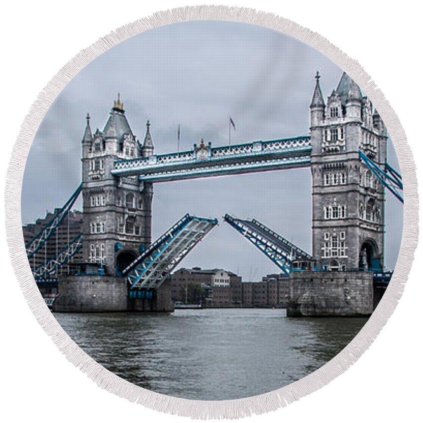 Tower Bridge Round Beach Towel featuring the photograph Tower Bridge by Dawn OConnor