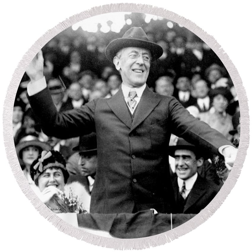 1916 Round Beach Towel featuring the photograph Woodrow Wilson (1856-1924) by Granger