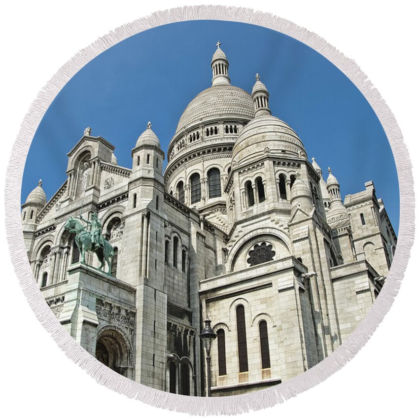 France Round Beach Towel featuring the photograph Sacre Coeur Basilica Paris France by Jon Berghoff