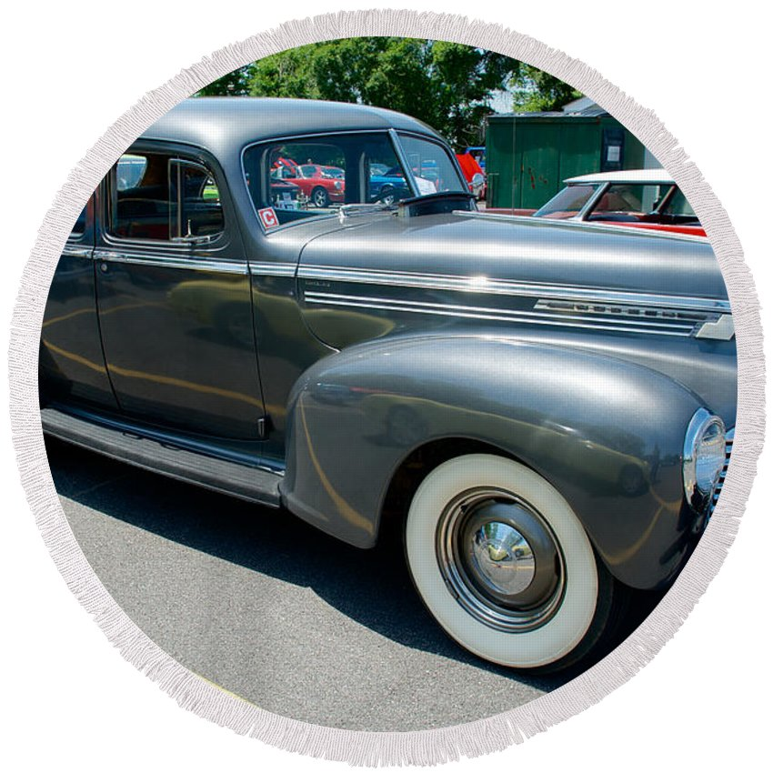 1941 Hudson Super Six Round Beach Towel featuring the photograph 41 Hudson Super Six Side View by Mark Dodd