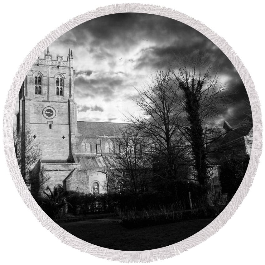 Christchurch Round Beach Towel featuring the photograph Christchurch Priory by Chris Day