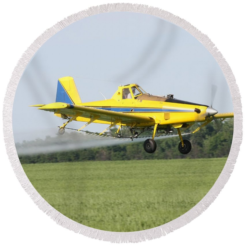 Plane Round Beach Towel featuring the photograph Plane by Lori Tordsen