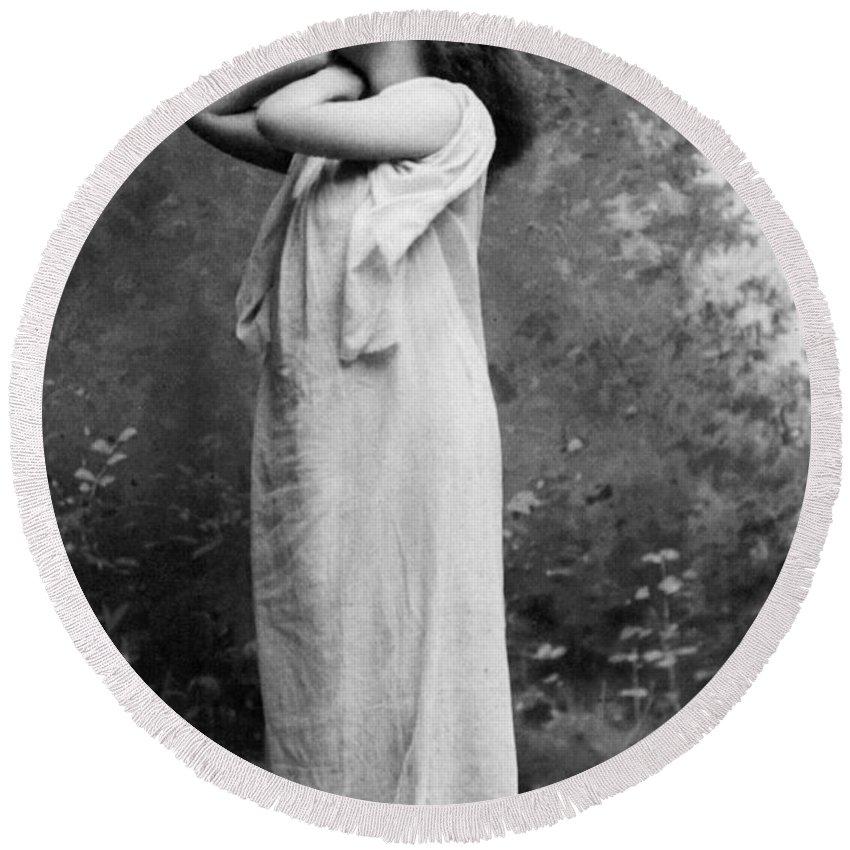 1896 Round Beach Towel featuring the photograph Sarah Bernhardt (1844-1923) by Granger