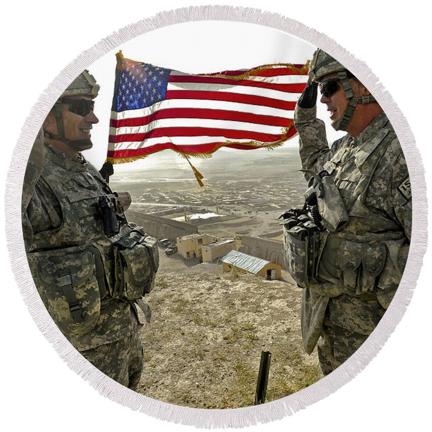 Army Round Beach Towel featuring the photograph A Commander Re-enlists Master Sergeant by Stocktrek Images