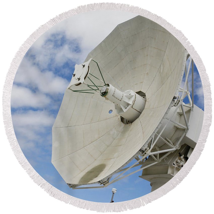 Pearl Harbor Round Beach Towel featuring the photograph A Radar Dish Aboard Mobile At-sea by Stocktrek Images