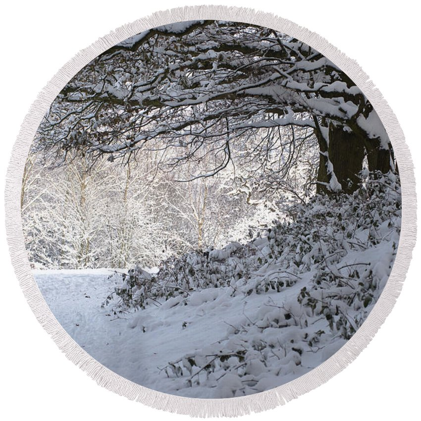 England Round Beach Towel featuring the photograph A Walk In The Snow by Andrew Michael