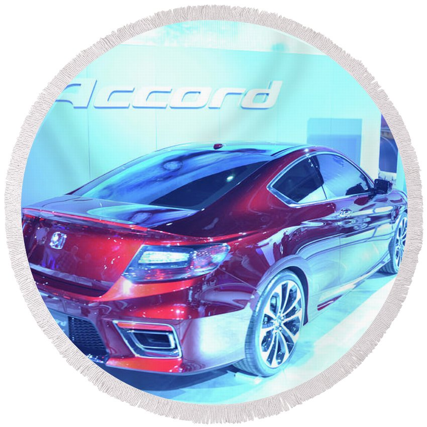 Auto Round Beach Towel featuring the photograph Accord by Ronald Grogan