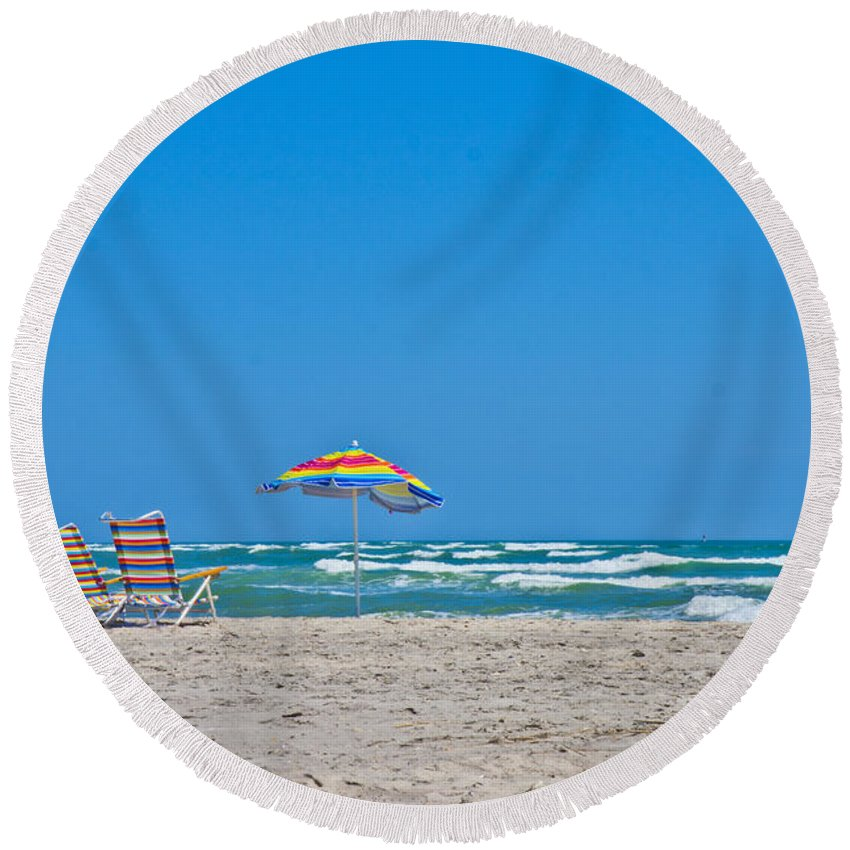 Topsail Round Beach Towel featuring the photograph Ahhh Vacation by Betsy Knapp