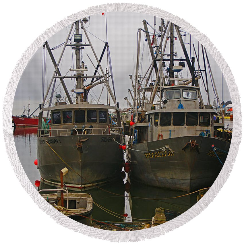 Fishing Boats Round Beach Towel featuring the photograph Aluminum Fishing Boats by Randy Harris
