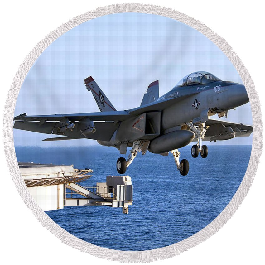 F-18 Super Hornet Round Beach Towel featuring the photograph An Fa-18f Super Hornet Takes by Stocktrek Images