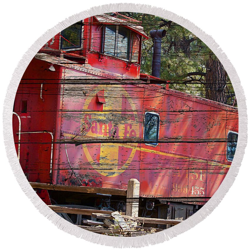 Caboose Round Beach Towel featuring the photograph An Old Caboose by Phyllis Denton
