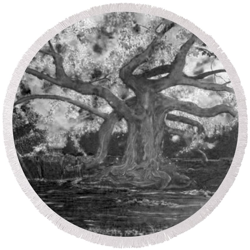 Angel Oak Round Beach Towel featuring the painting Angel Oak by Stefan Duncan