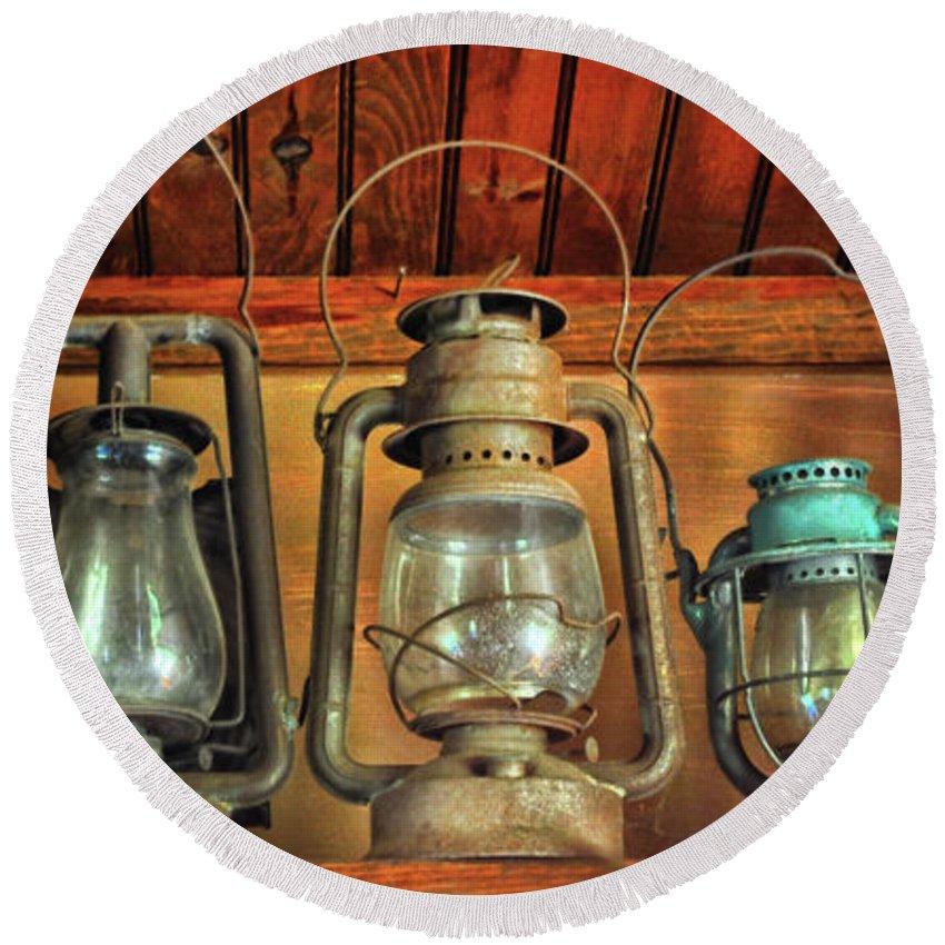 Antique Kerosene Lamps Round Beach Towel
