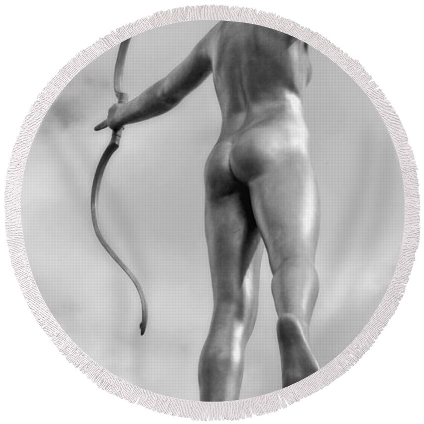 Sculpture Round Beach Towel featuring the photograph Archer In Black And White by Kathleen K Parker
