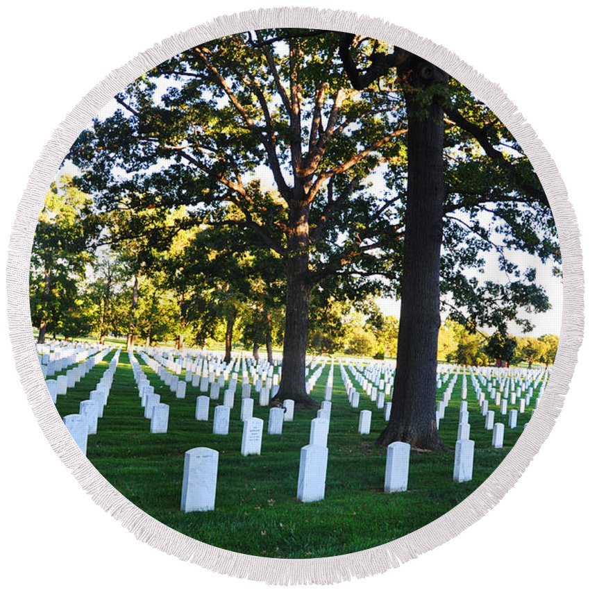Arlington National Cemetery Round Beach Towel featuring the photograph Arlington Cemetery Graves by Brittany Horton