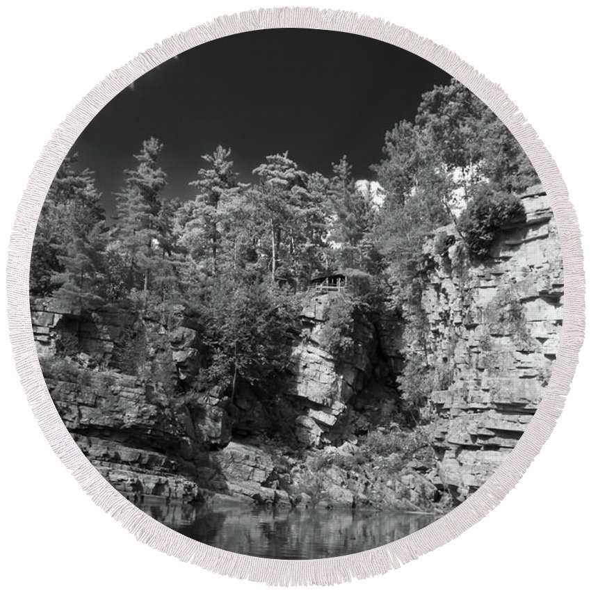 Ausable Chasm Round Beach Towel featuring the photograph Auable Chasm 1606 by Guy Whiteley