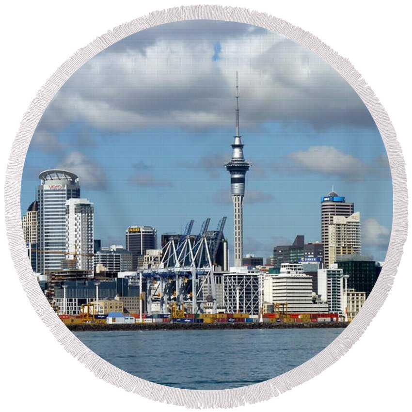 Auckland Round Beach Towel featuring the photograph Auckland Skyline by Carla Parris