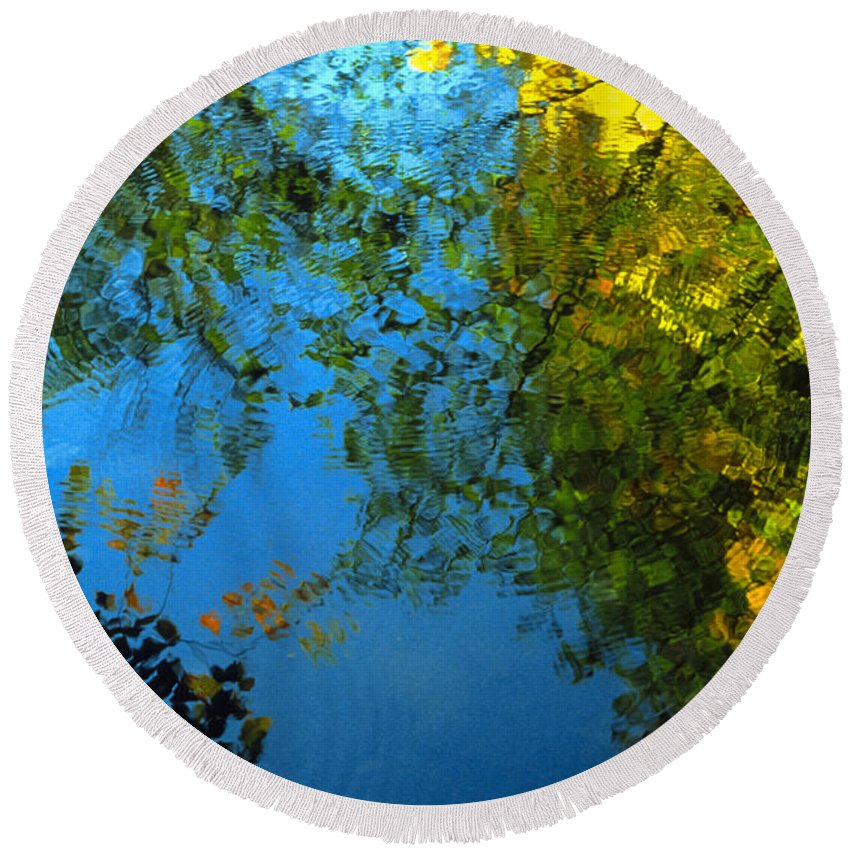 Water Round Beach Towel featuring the photograph Autumn Reflections New Hampshire II by Boyd Norton