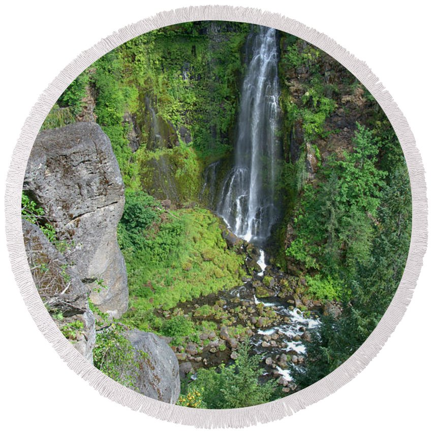 Barr Round Beach Towel featuring the photograph Barr Creek Falls by Mick Anderson