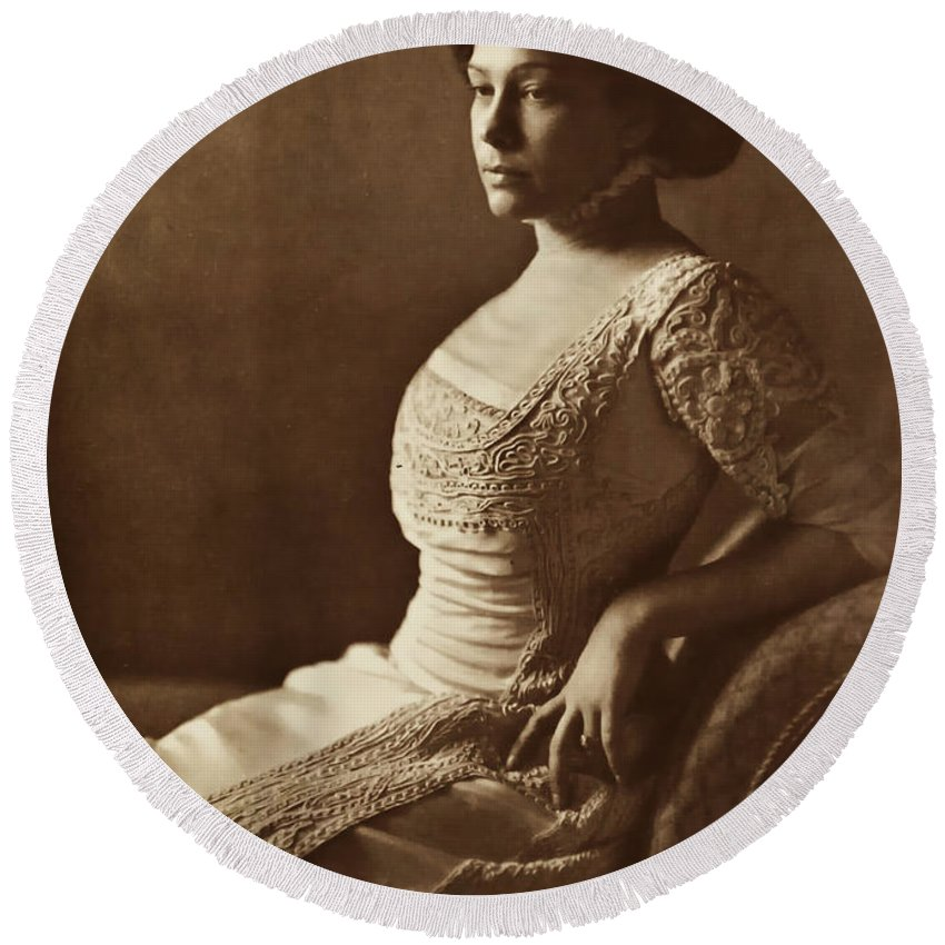 Lady Women Female Beauty Dress Portrait Photograph 1880 Bw Vintage Round Beach Towel featuring the photograph Beautiful Lady In 1880 by Steve K