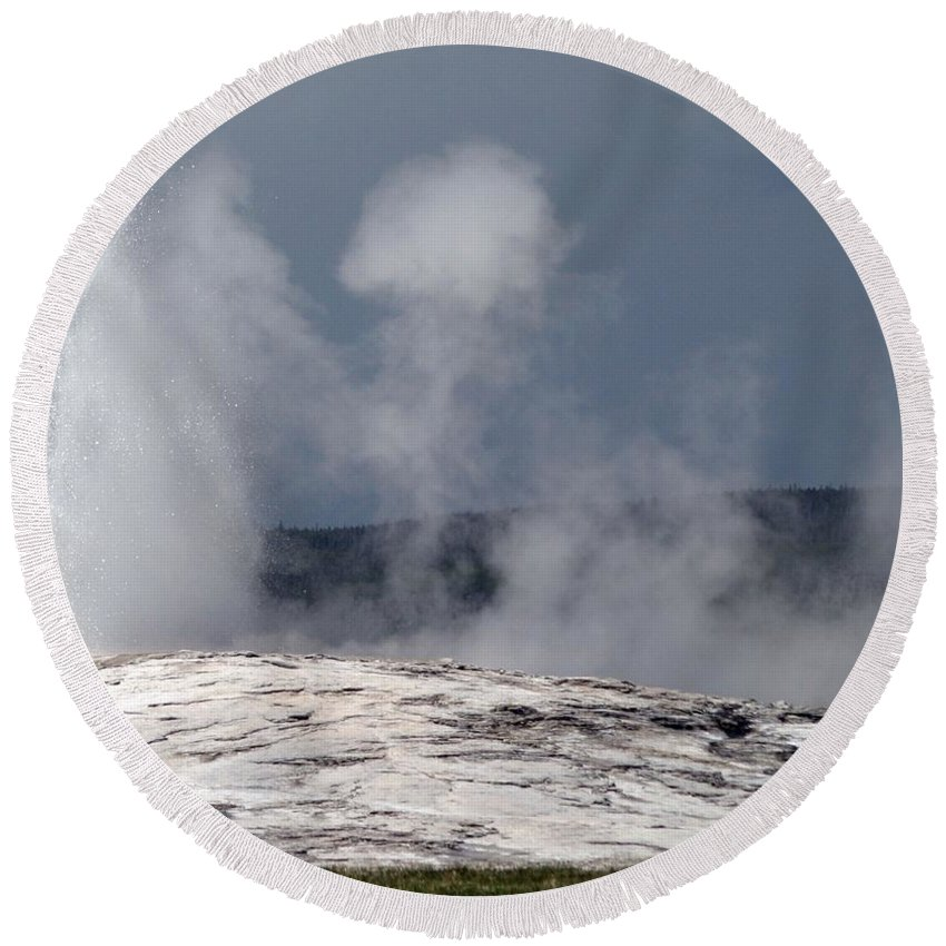 Old Faithful Round Beach Towel featuring the photograph Beautiful Old Faithful by Living Color Photography Lorraine Lynch