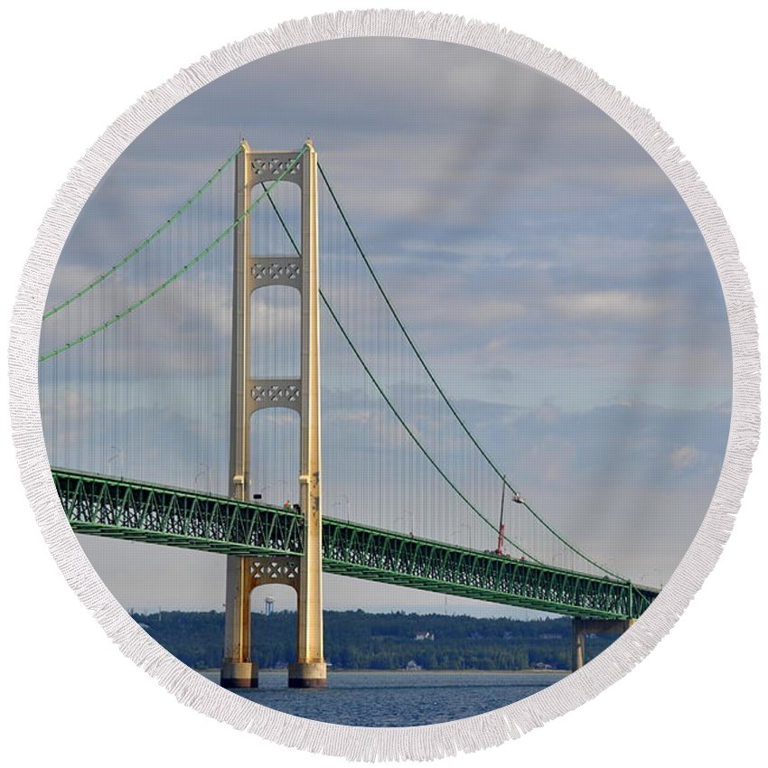 Suspension Bridge Round Beach Towel featuring the photograph Big Mac by Marysue Ryan