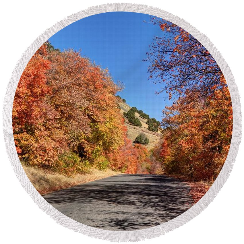 Maple Round Beach Towel featuring the photograph Blacksmith Fork Canyon Autumn Drive - Utah by Gary Whitton