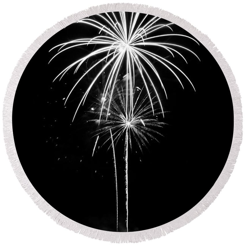 Fireworks Round Beach Towel featuring the photograph Blooming In Black And White by Bill Pevlor