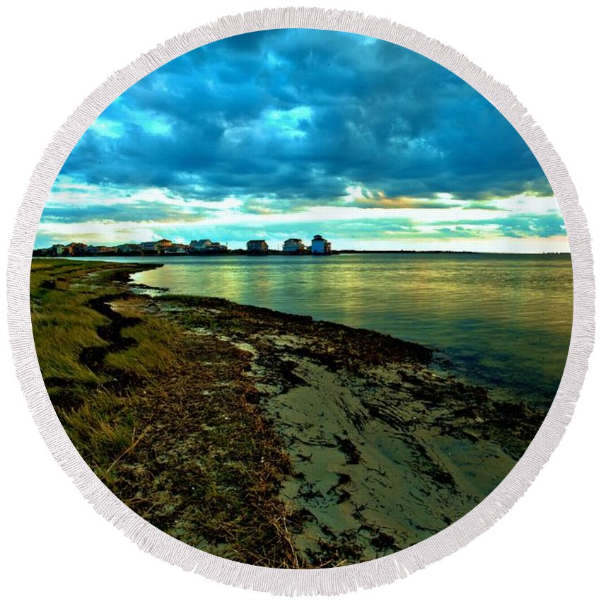 Obx Round Beach Towel featuring the photograph Blue Shores by Adam Jewell
