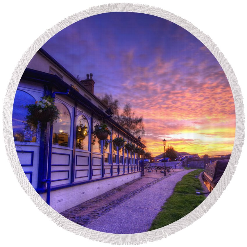 Yhun Suarez Round Beach Towel featuring the photograph Boat Inn Sunrise 2.0 by Yhun Suarez