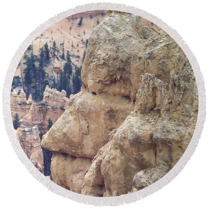 Southwestern Utah Round Beach Towel featuring the photograph Bryce Canyon National Park 4 by Thomas Woolworth