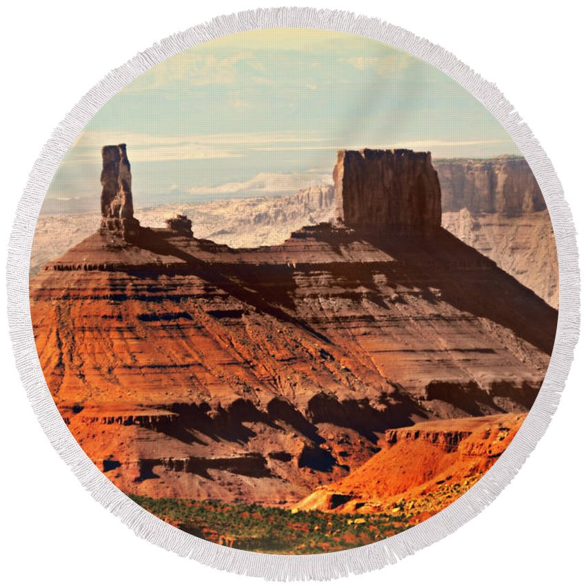 Castle Butte Round Beach Towel featuring the photograph Castle Bute 1 by Marty Koch